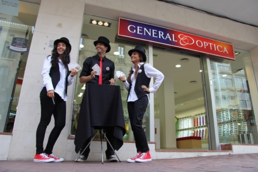 Street Marketing asmalljob para general optica
