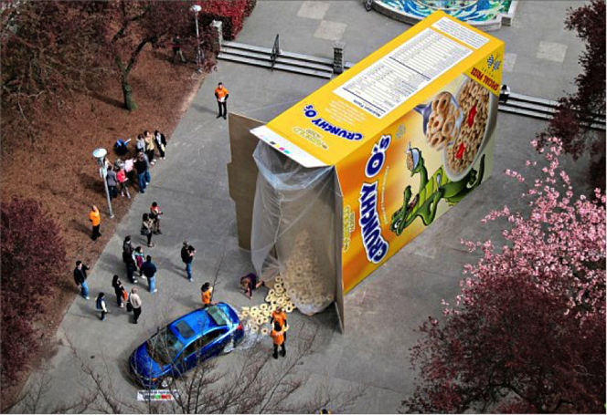 street_marketing_crunchy_cereal